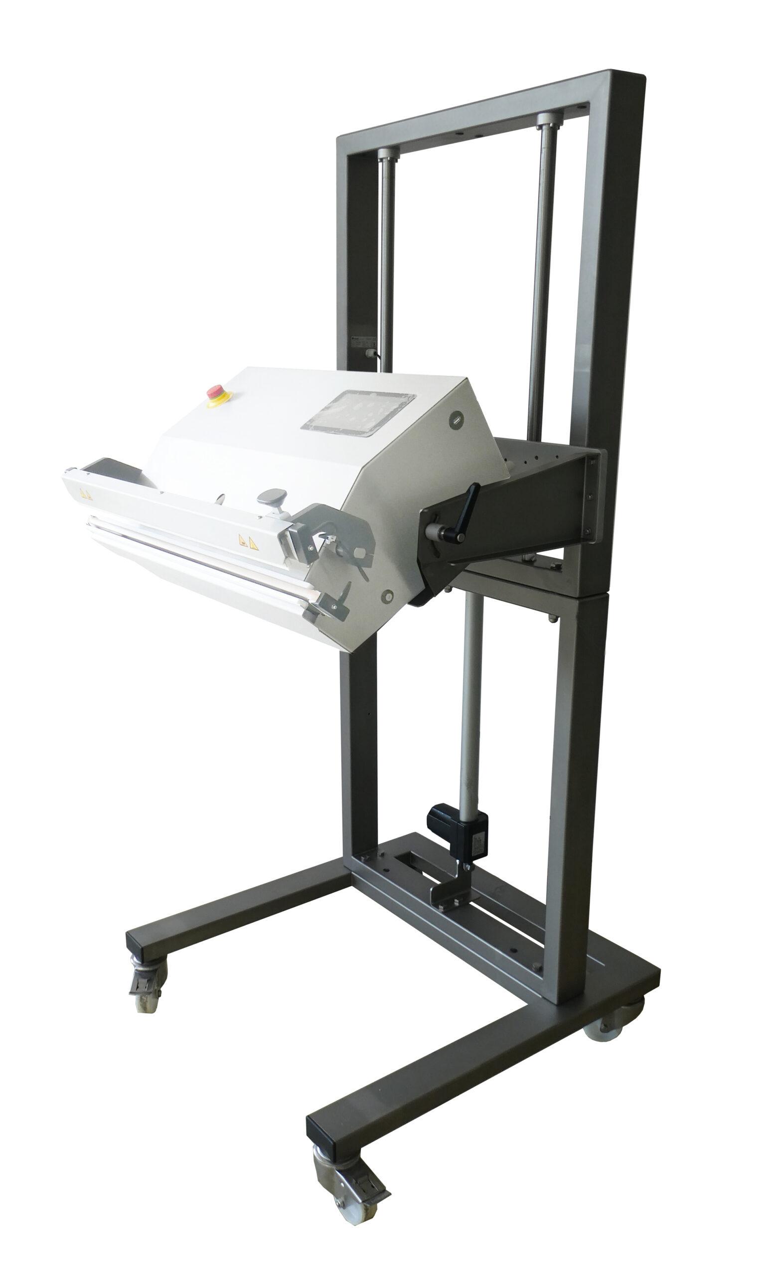 Gerätewagen elektrische Höhenverstellung
