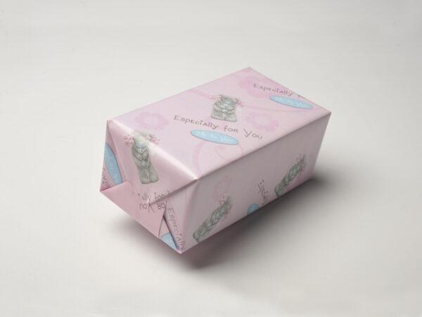 Falteinschlag mit Papier Verpackungsmuster